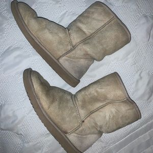 Ugg Classic Shearling Winter Boot In Sand -size 7w
